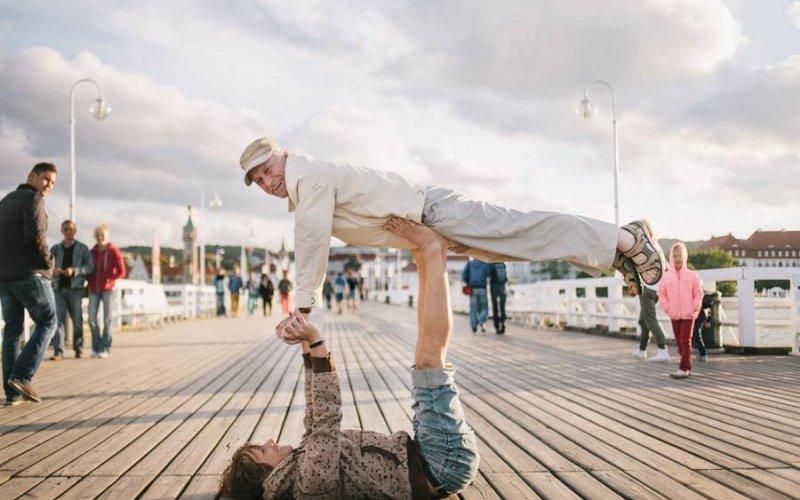 Acroyoga – trening, który dodaje skrzydeł